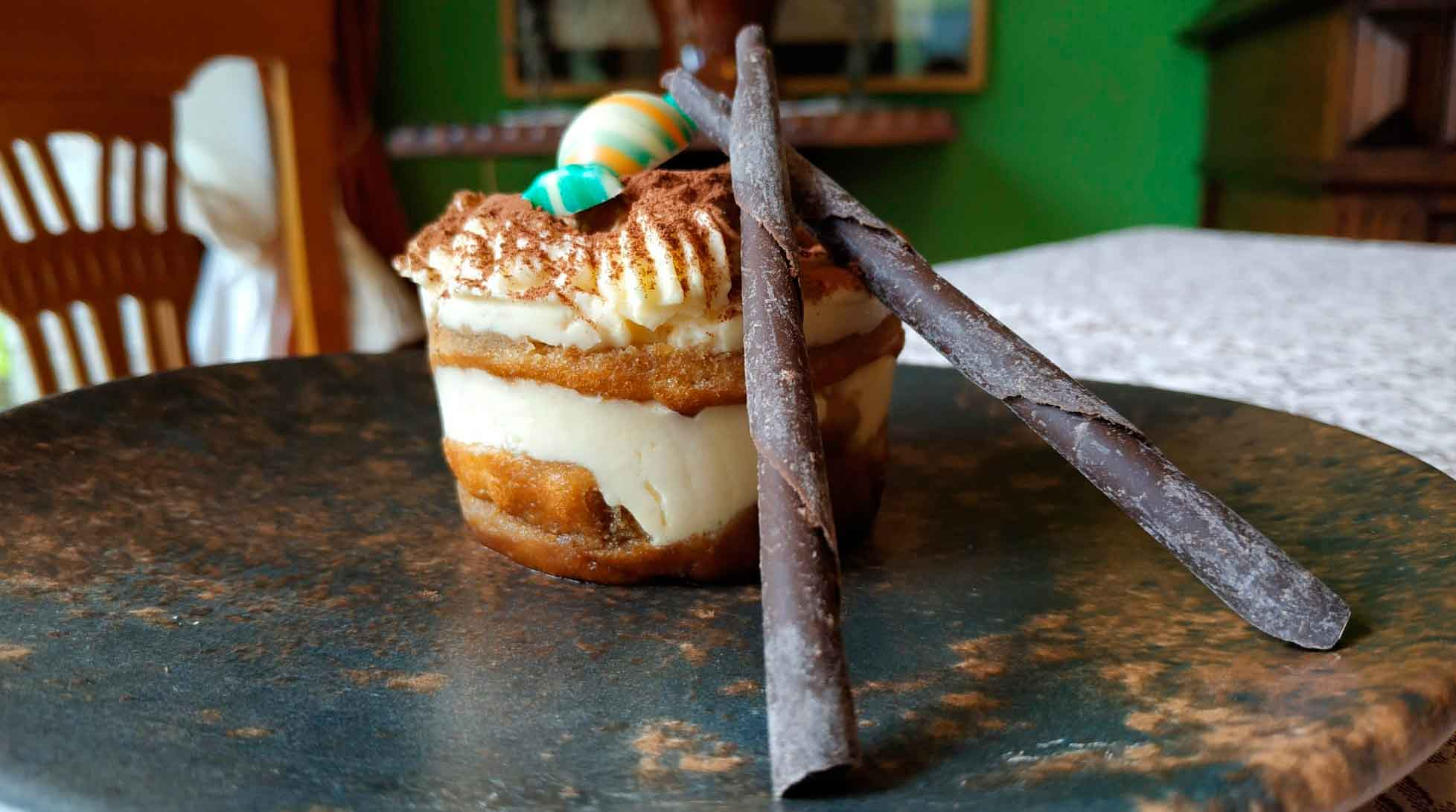 Tarta de Tiramisú con bizcocho genovés